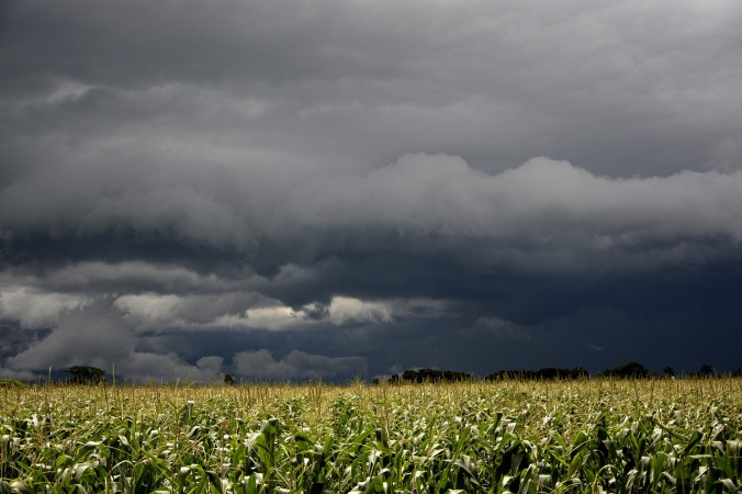 storm-642637_1280